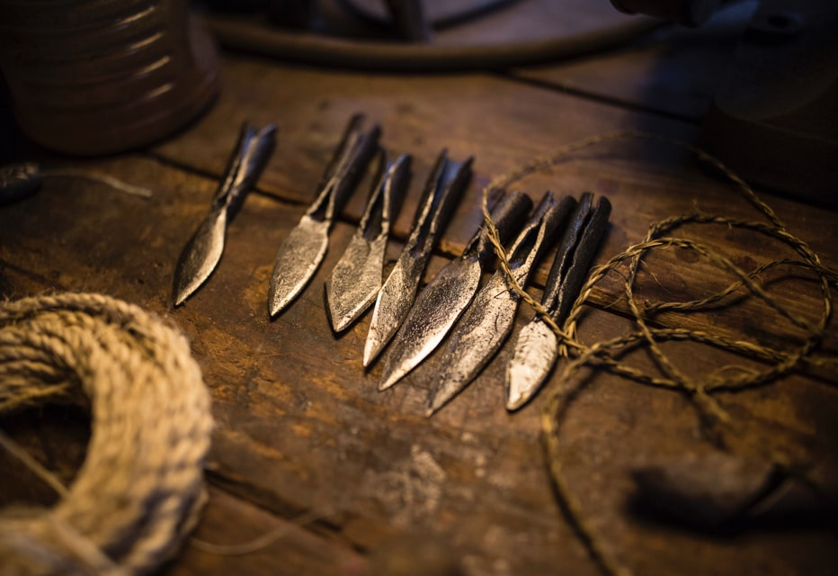 Hammer forged knives