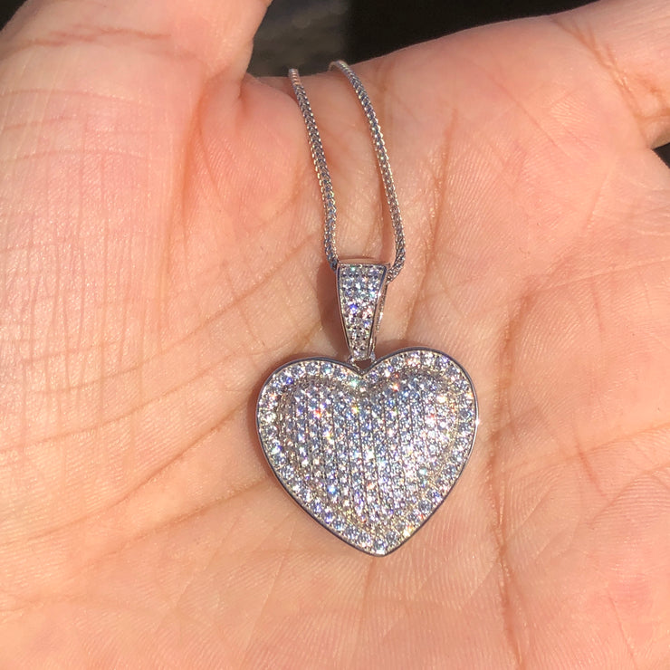 +ANGELES CRYSTAL HEART NECKLACE