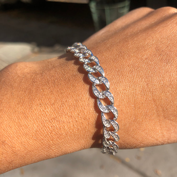 +DAKOTA CRYSTAL CHAIN BRACELET