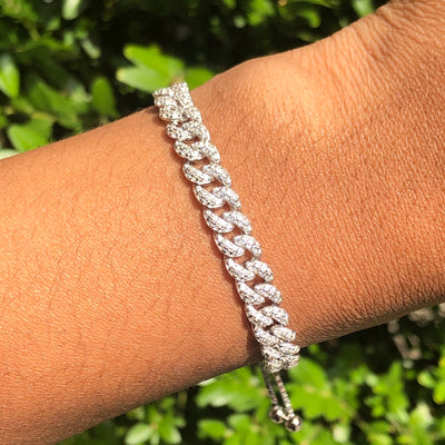 +MAIA CRYSTAL CHAIN BRACELET (ADJUSTABLE)