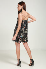 Load image into Gallery viewer, Velvet floral dress