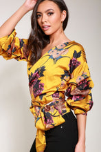 Load image into Gallery viewer, Satin floral top