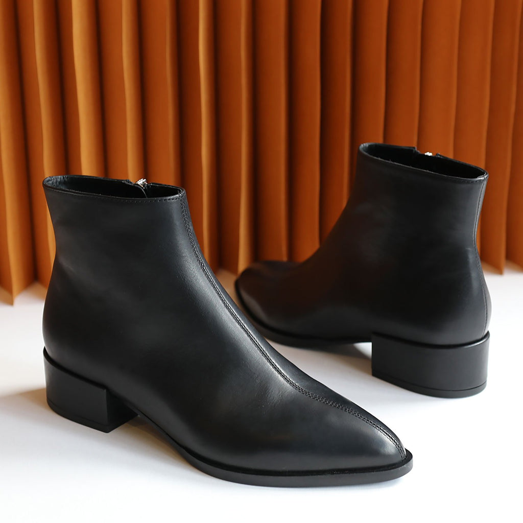 CASSIDY black calf leather