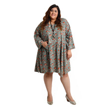 Load image into Gallery viewer, Aruba Oversized Tunic Size 22 to 32 H1