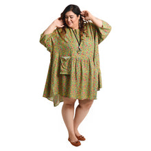 Load image into Gallery viewer, Aruba Oversized Tunic Size 22 to 32 H7