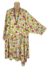 Load image into Gallery viewer, White Aruba Oversized Tunic Size 22 to 32