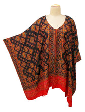 Load image into Gallery viewer, Autumn Winter Kosava Poncho Size 20-32 KO43
