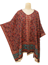 Load image into Gallery viewer, Autumn Winter Kosava Poncho Size 20-32 KO3