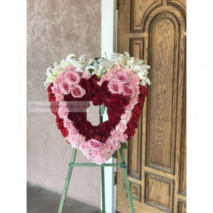 The Sweetest Large Open Heart Standing Wreath