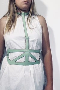 MERRILL HARNESS GREEN / SAMPLE SALE