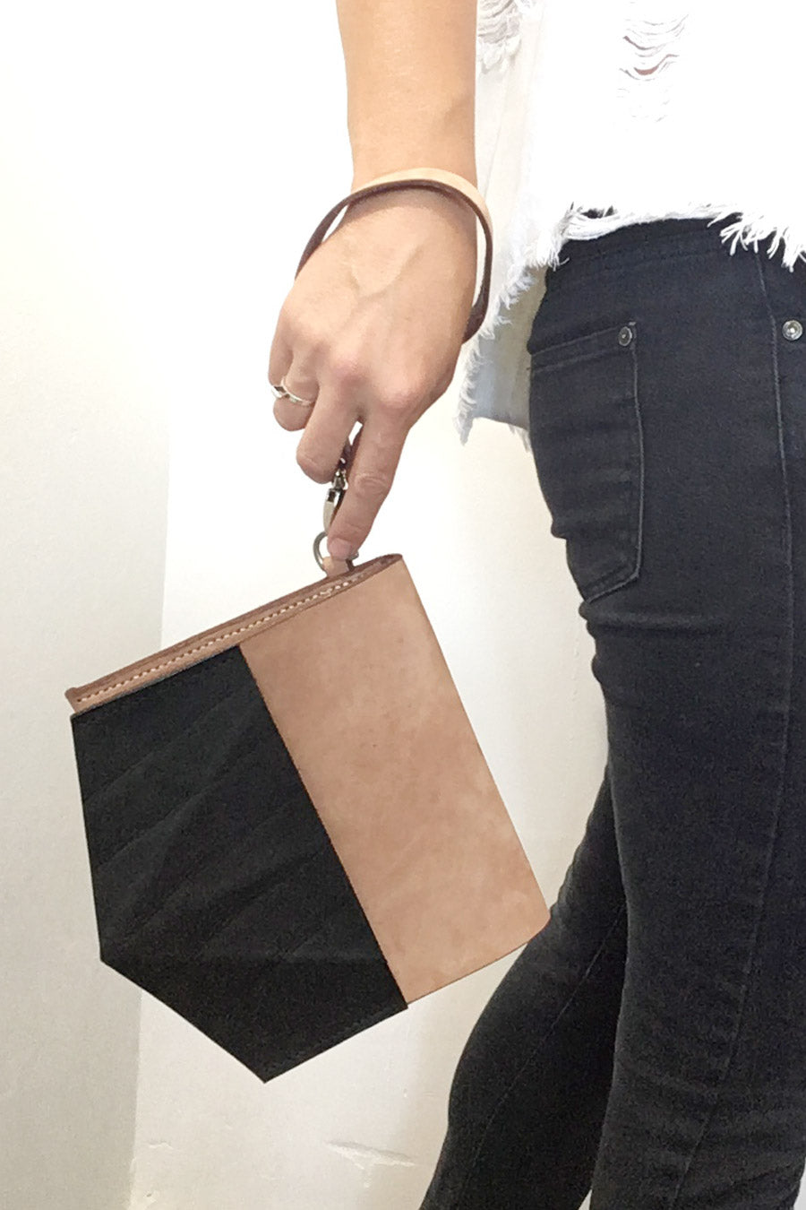TAUPE CLUTCH WITH GEOMETRIC DETAIL / SAMPLE SALE