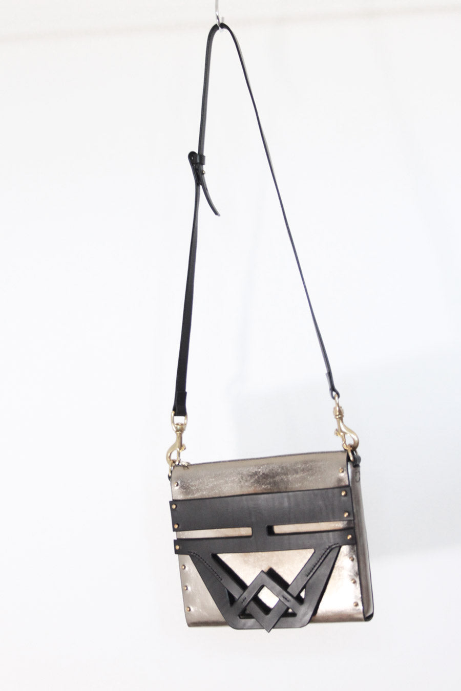 METALLIC SHOULDER BAG WITH PLAITED DETAIL SAMPLE SALE