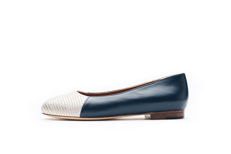 Jessica in Classic Navy and Embossed Silver Lizard