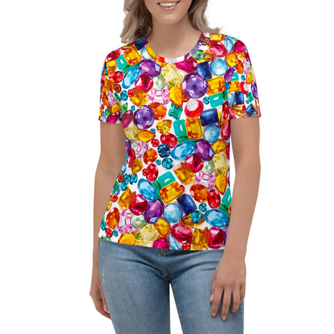 Woman wearing a tee with an all-over print of oversized multicolored genmstones