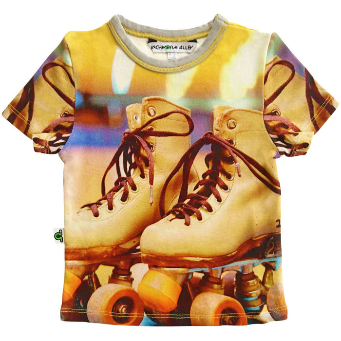 T-shirt printed with an image of a pair of retro style roller skates