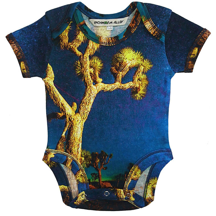 Front view of a short sleeve bodysuit with the image of a Joshua Tree