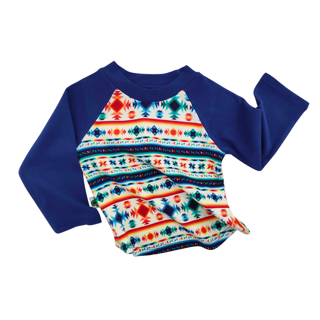 Raglan tee with an all-over folksy, southwestern style pattern