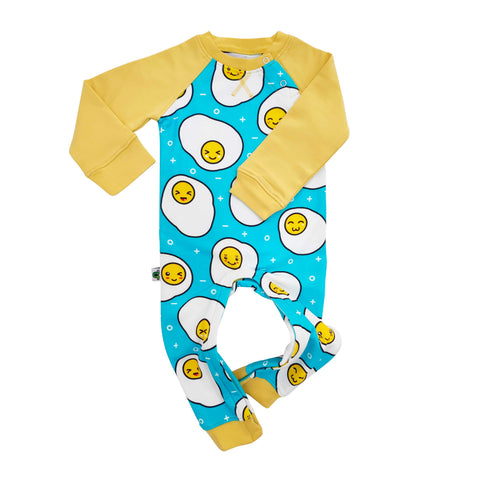 Full sleeve raglan romper with cartoon print of cute and kawaii fried eggs