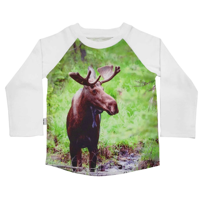 Raglan tee with an image of a moose