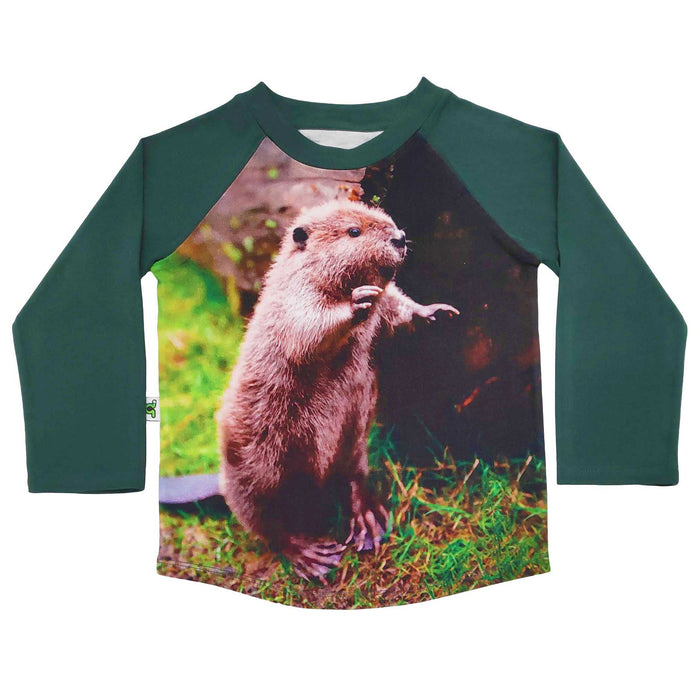 Raglan tee with an image of a cute beaver