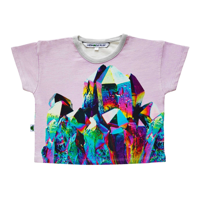 Boxy tee with an oversized image of a rainbow coloured titanium quartz crystal