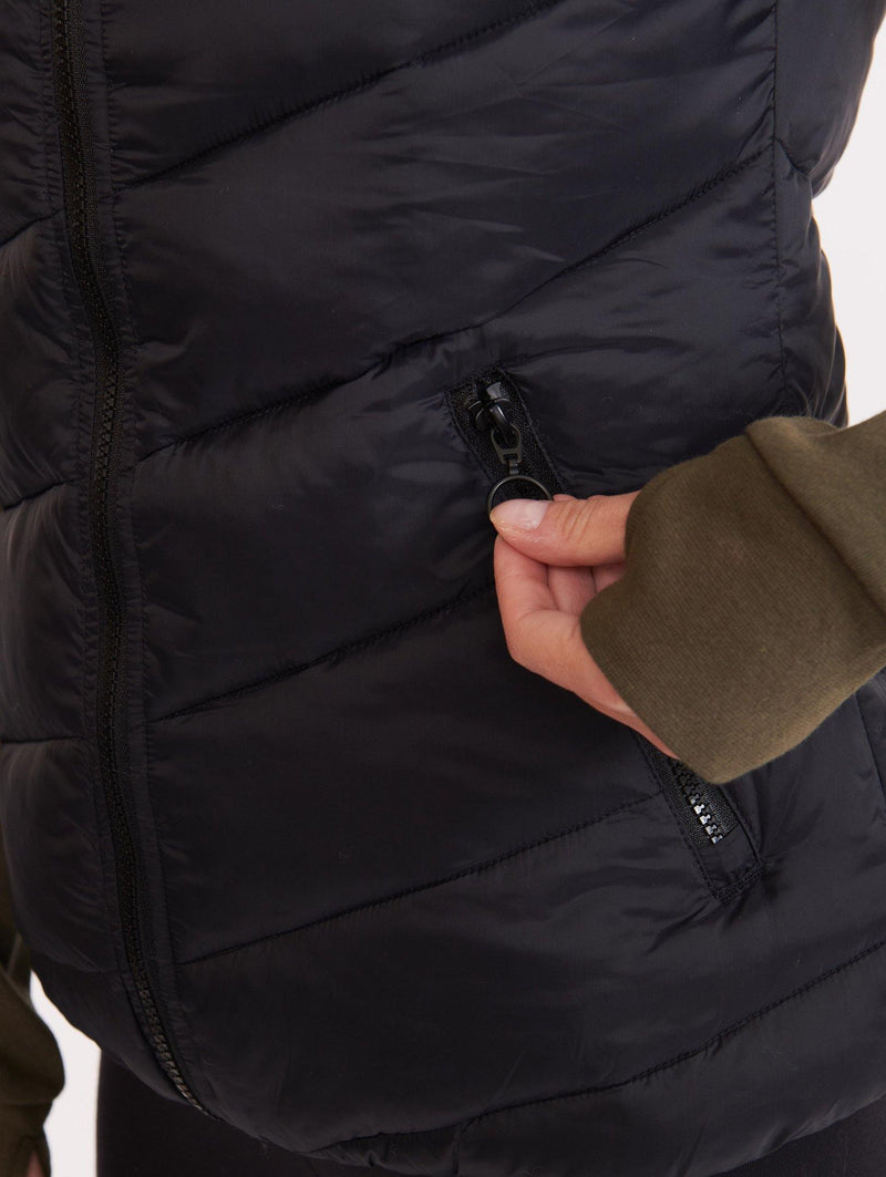 The Stream Line Puffer Vest - Bench Canada