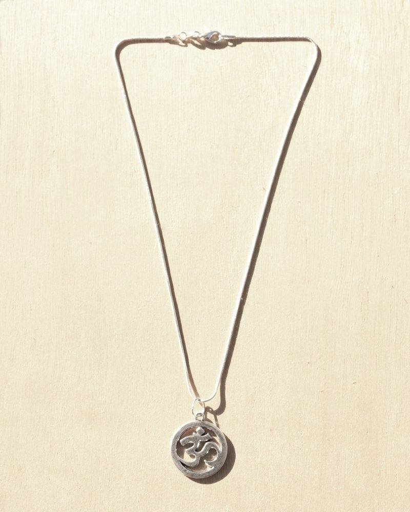 KV Handmade Jewellery Silver Om Necklace Short