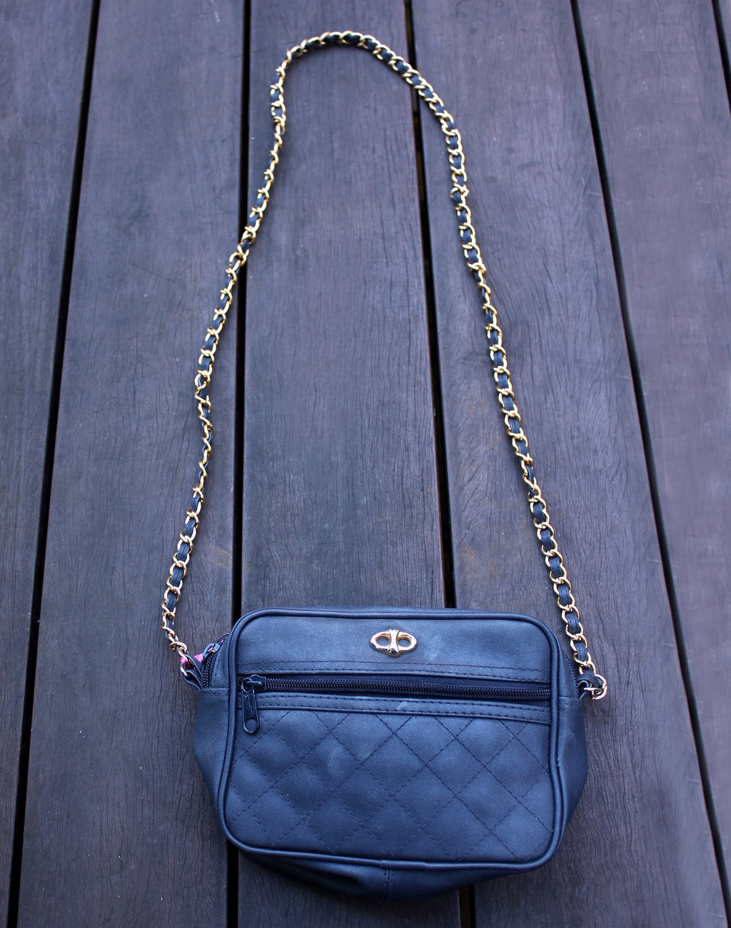 Vintage Navy Gold Chain Bag