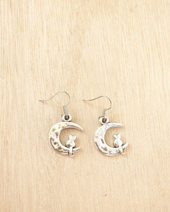 KV Handmade Jewellery SIlver Cat on Moon Earrings