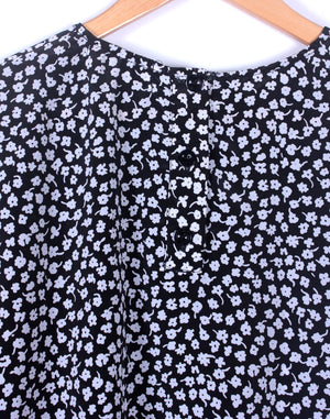 Black & White Floral Long Sleeve Crop Blouse