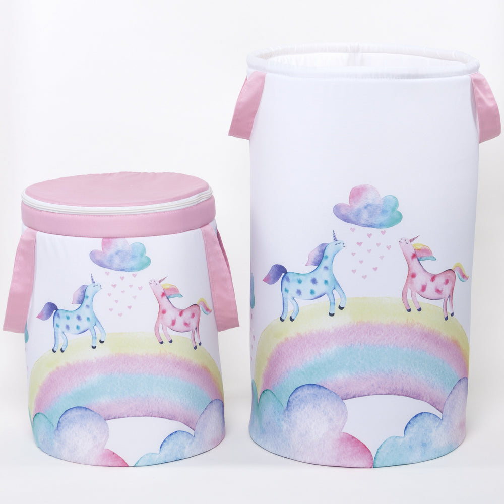 Toy storage basket with unicorn panel