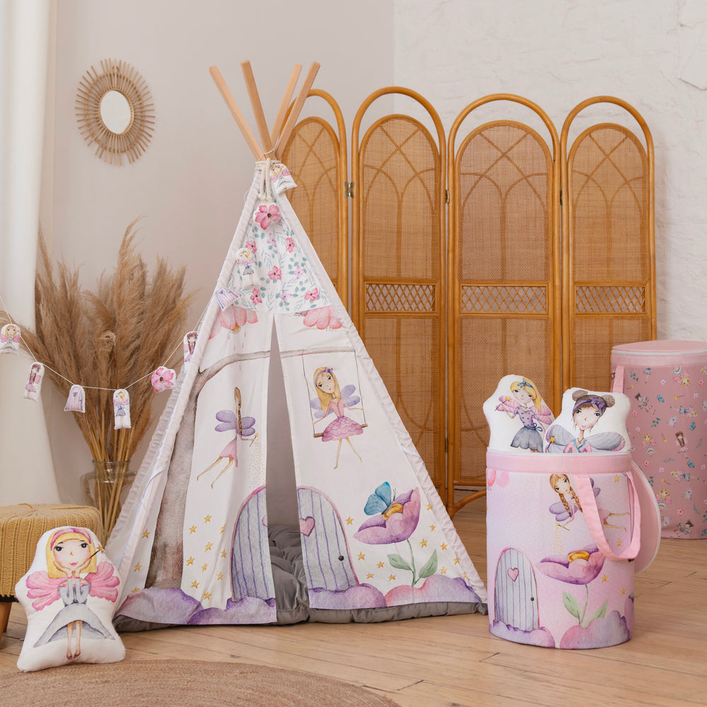 Teepee (wigwam) with fairy world