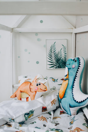 mind bedding, kids bedding for boys, dinosaur bedroom decor, dinosaur bedroom ideas, Happy Spaces bed set, turquoise bed set with T-Rex, pterodactyl, diplodocus, triceraptors