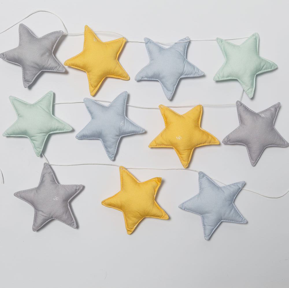 Star garland in grey-yellow-mint-blue colors