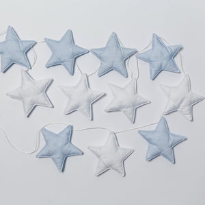 Star garland in sky blue-white colors