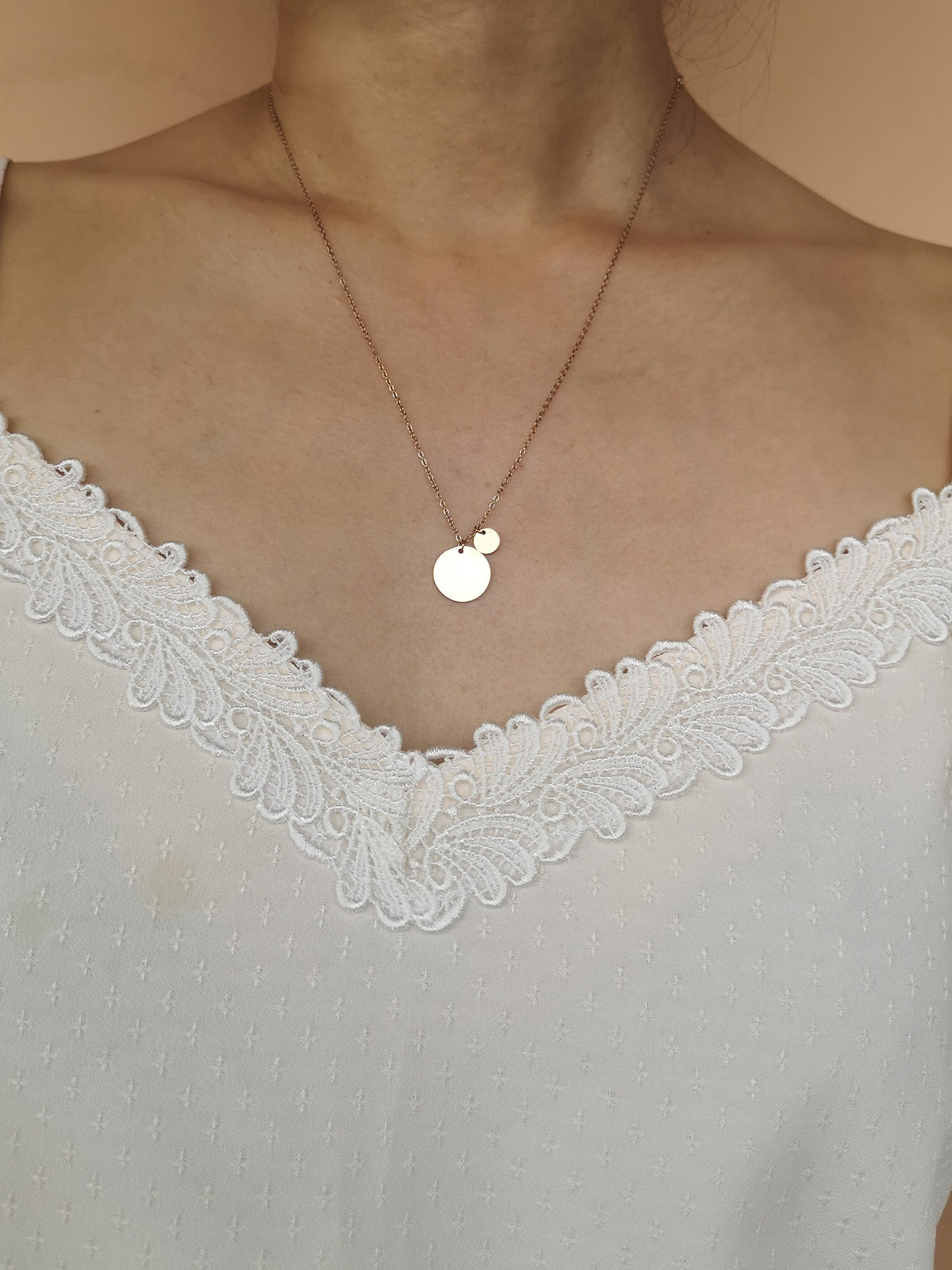 Sydney Pendant Necklace