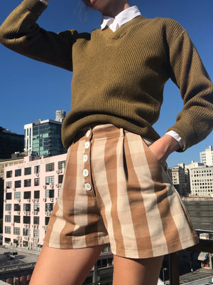 Essential Pleated Shorts In Almond Gingham