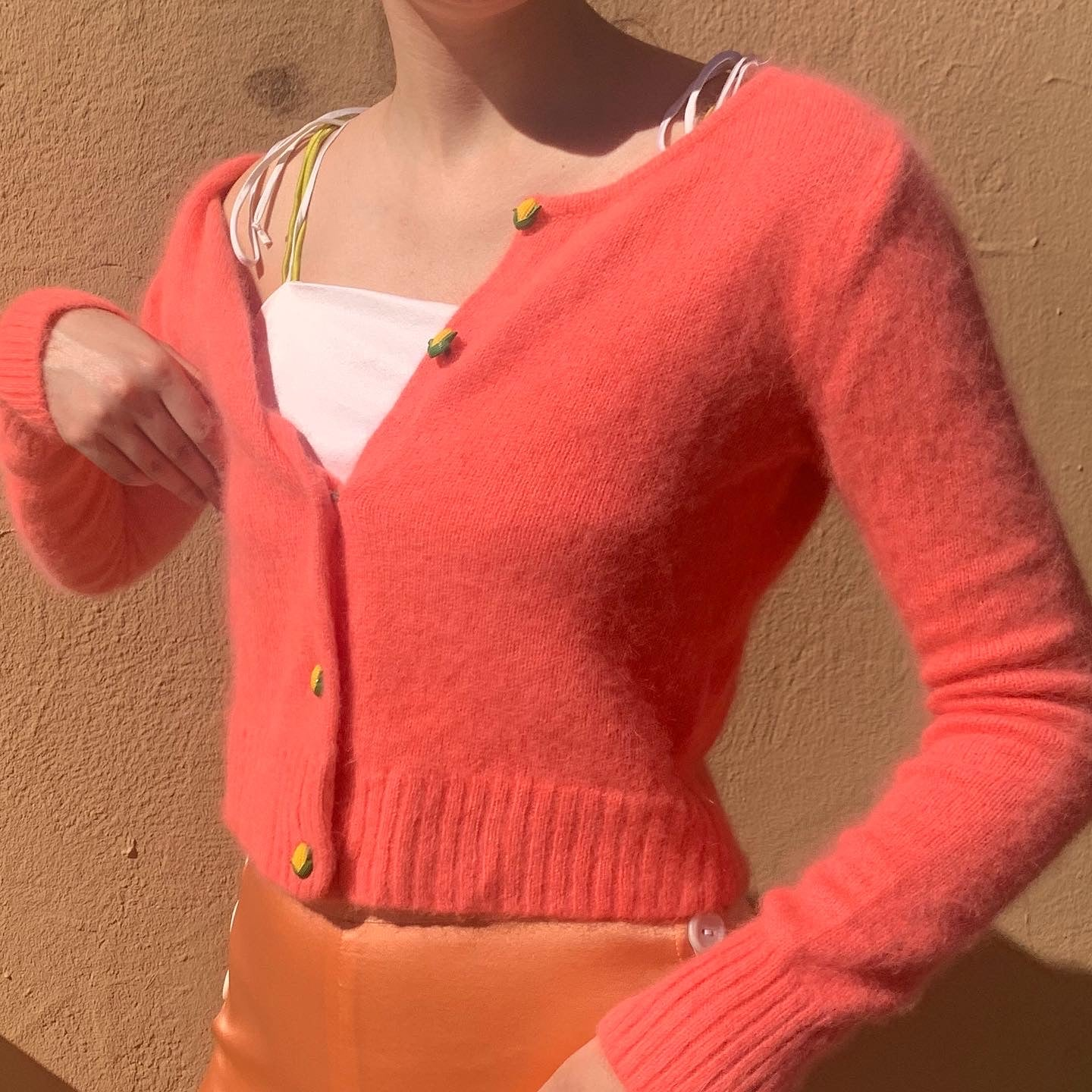 Angora Peach Knit With Vintage Buttons 🌽 - Size Xsmall - Small