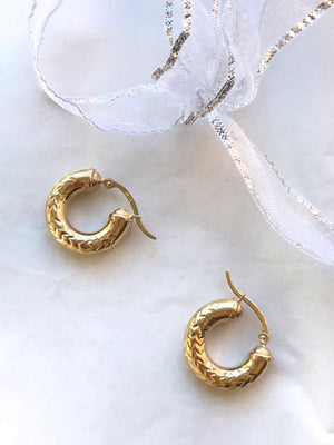 Medusa Carved 14k Hoops - Size Small