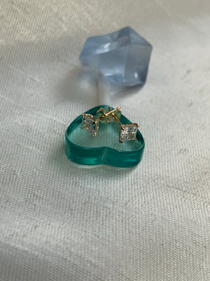 Vintage Crystal Studs With 14k Base