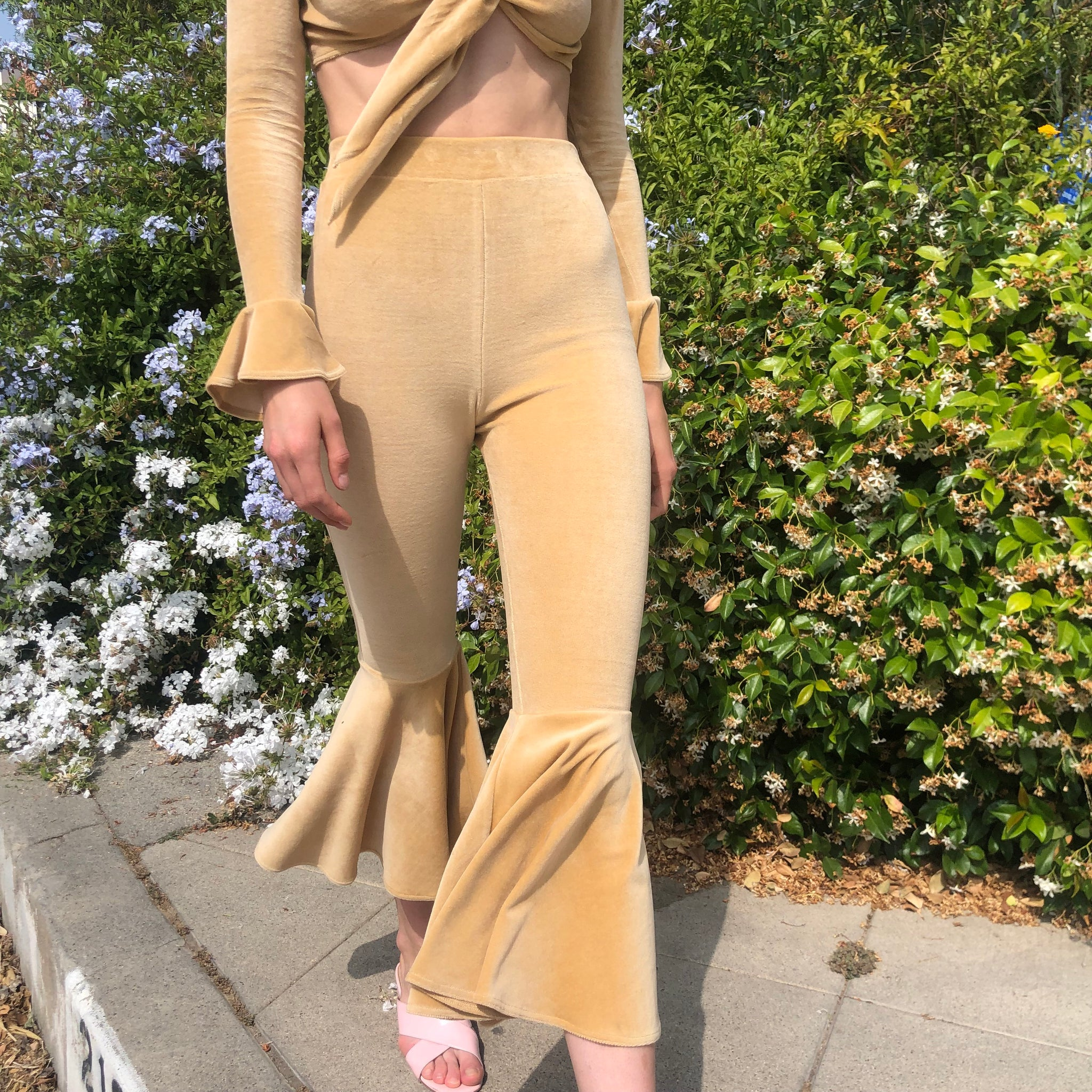 Selena Fluted Pant in Honey
