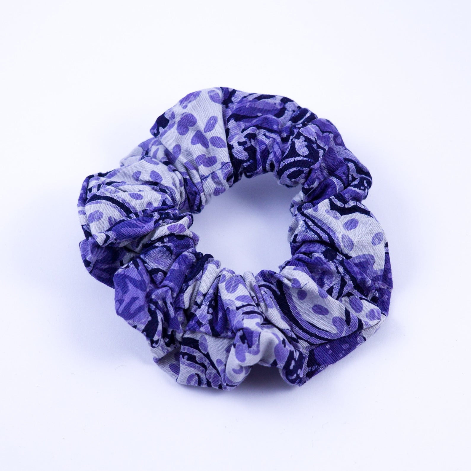 MIA Batik Scrunchie - MaryamBayam – Better in Batik