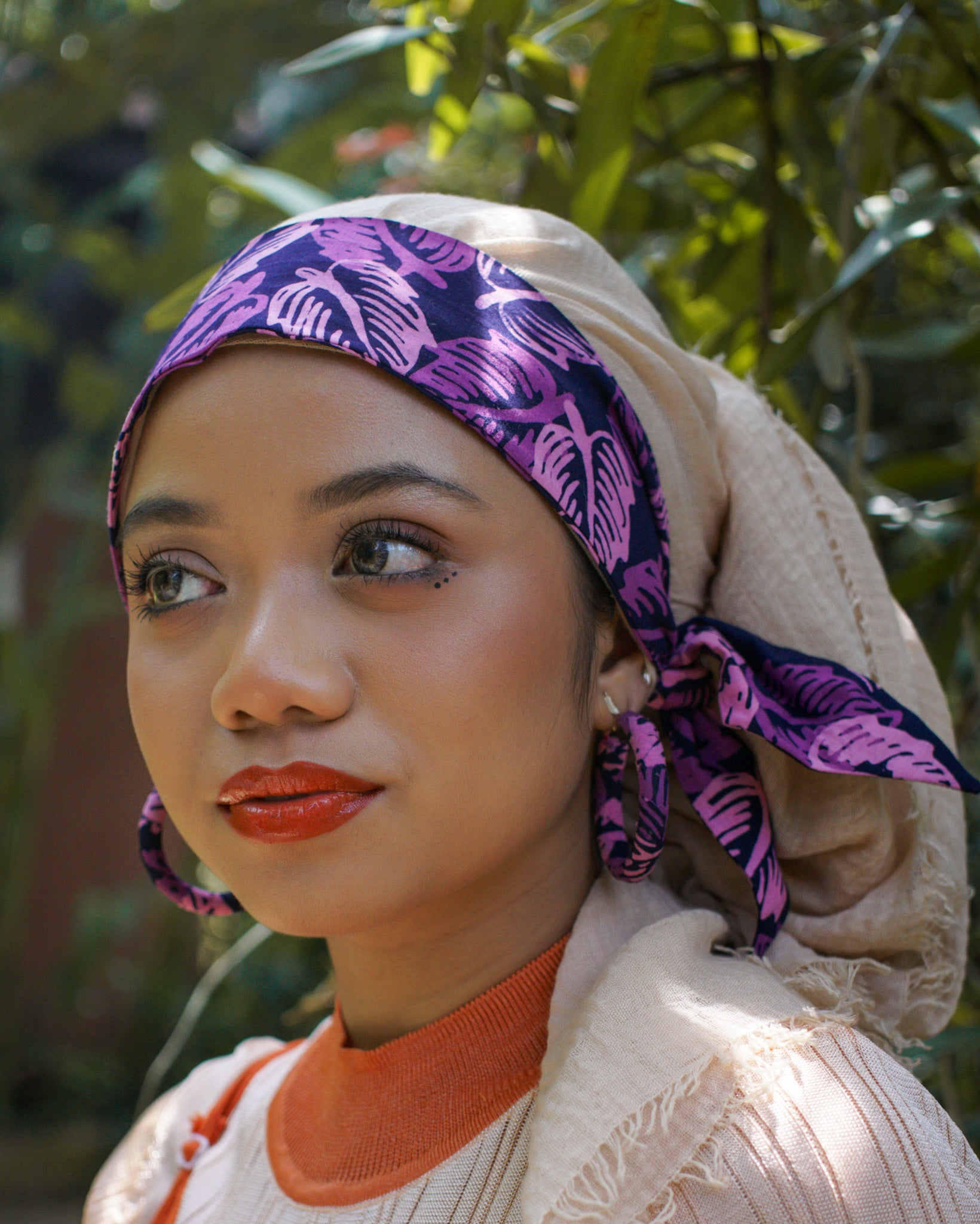 DAMIA Batik Wrapped Hoops - MaryamBayam – Better in Batik
