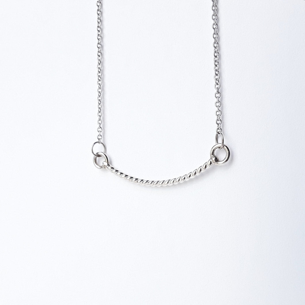 Twisted rope swing necklace in sterling silver