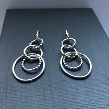 Load image into Gallery viewer, Silver circles dangle earrings