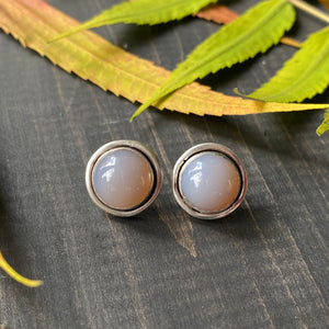 Gemdrop stud earrings - Smokey grey agate in sterling silver