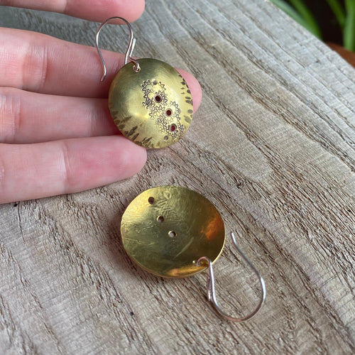 Sunshine at dusk - Brass earrings