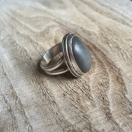 Beach stone and sterling silver ring - size 6