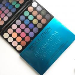 Makeup Revolution - Mermaids Forever - 32 Ultra Professional Eyeshadows