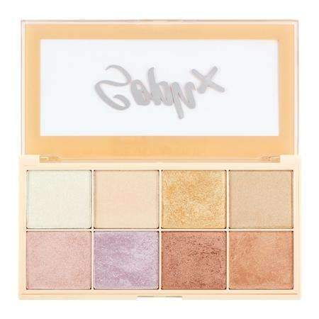 orabelca:Makeup Revolution Soph Highlighter Palette
